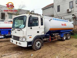 Xe xi téc chở xăng dầu 18 khối Hyundai HD240