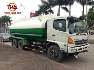 Xe phun nước rửa đường Hino FM
