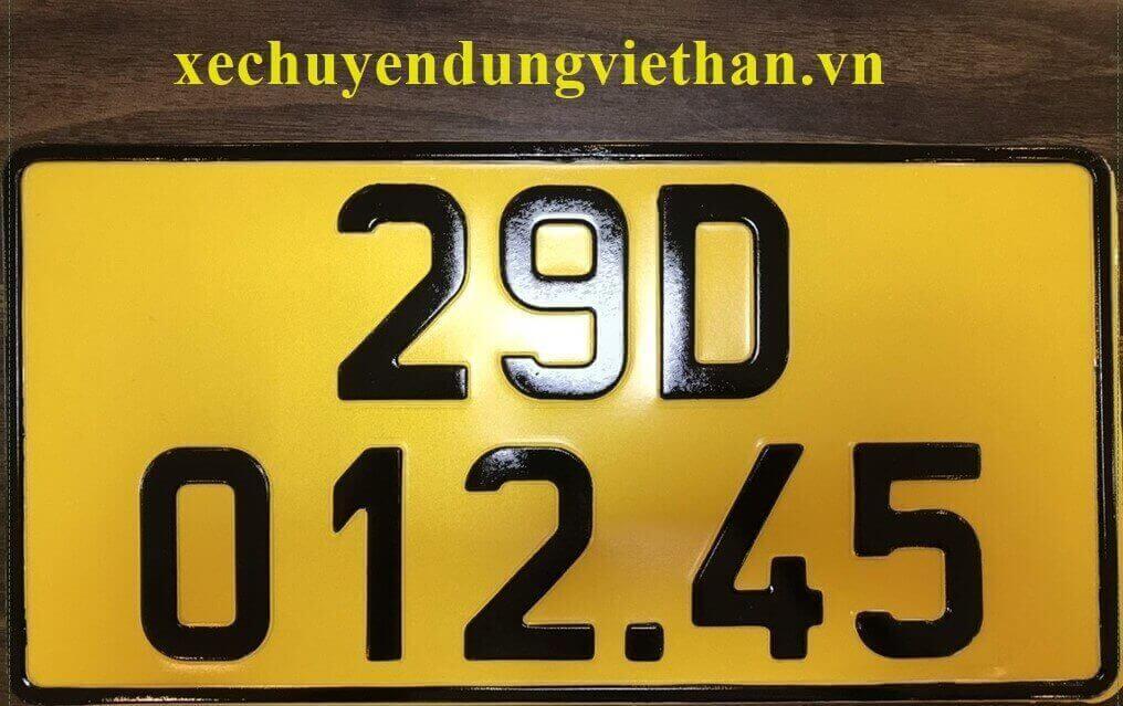 1/8 ô tô kinh doanh vận tải phải đổi sang biển màu vàng